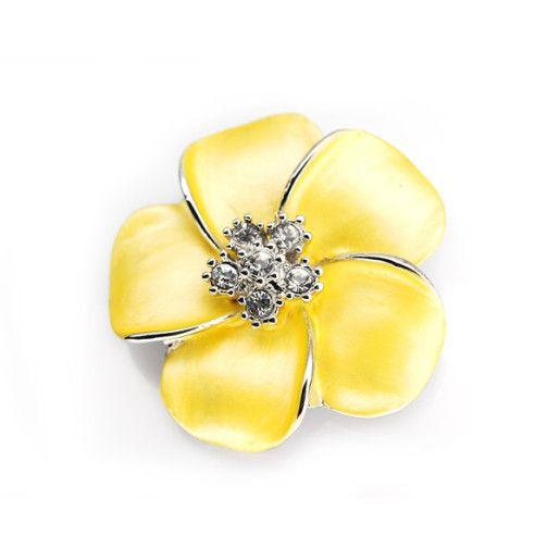 Flower power, brosa placata cu aur de 18 k