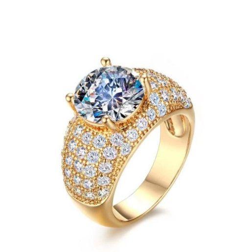Inel placat cu aur de 18 k, cu un cristal multifatetat si pietre zirconia albe