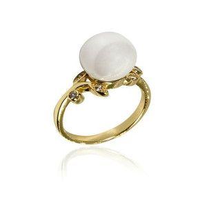 Kate, inel placat cu aur de 18 k, cu cristale si o perla alba